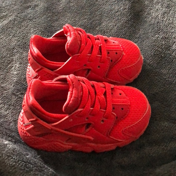 Baby Nike huaraches